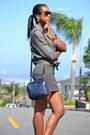 Navy-esprit-bag-olive-green-linen-list-blouse-tan-aldo-heels