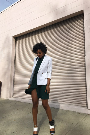 white banana republic blazer - forest green banana republic dress