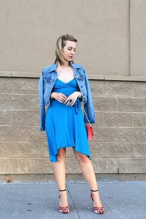 denim jacket Old Navy jacket - asymmetrical Bebe dress - coral Lulus bag