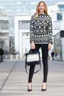 Black-skinny-jeans-zara-jeans-black-vinyl-zara-bag-black-classy-zara-pumps
