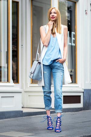 blue strappy Zara heels - sky blue boyfriend jeans dl1961 jeans