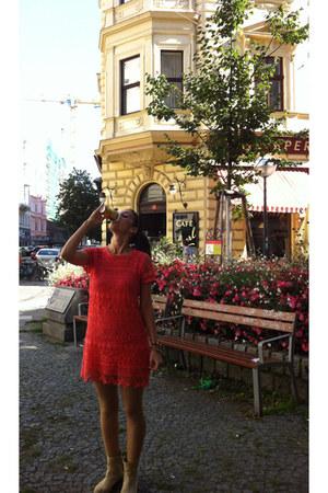 Bershka leather boots - lace coral suiteblanco dress