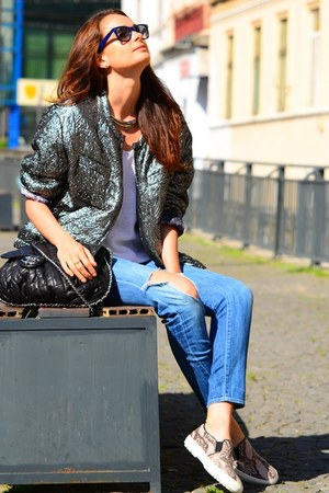 Isabel Marant jacket - vince jeans - Chanel bag - Zara sneakers