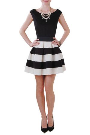 Humble Chic NY skirt