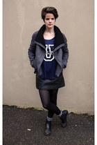 Topshop boots - Zara t-shirt