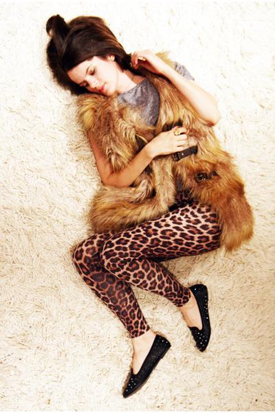 Topshop leggings - faux fur gilet Topshop top - Topshop loafers