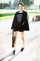 black Stylenanda cape - black stylenanda acc bag - brick red Stylenanda shorts