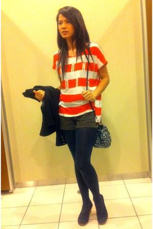 black one piece Uniqlo leggings - black Forever 21 blazer - carrot orange Zara s