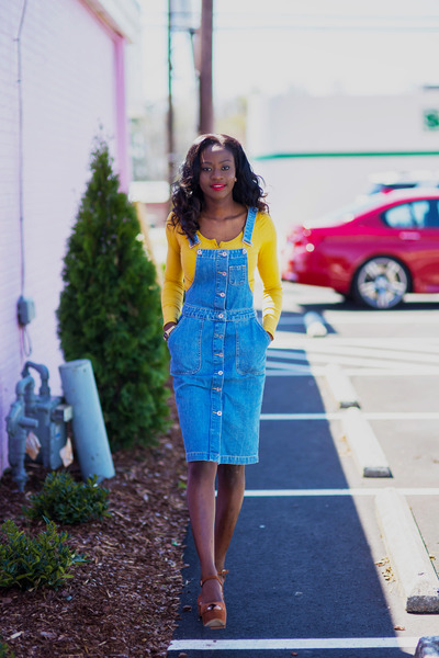 ada5de8504be0 denim pinafore Missguided dress - platforms Zara shoes - yellow crop top  H&M top