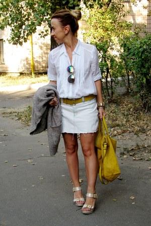 olive green Topshop sunglasses - white Oggi shirt - mustard Zara bag