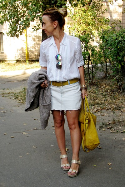 olive green Topshop sunglasses - white Oggi shirt - mustard Zara bag