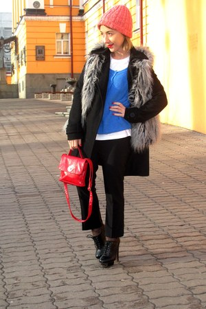 gray vintage jacket - black Zara coat - salmon Stradivarius hat