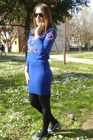 blue bejeweled OASAP sweatshirt - blue midi OASAP skirt