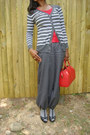 Red-leather-epi-lv-bag-grey-socks-black-leather-wedges-grey-pants-ruby-r