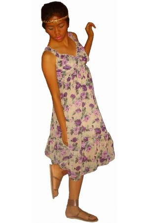 purple floral dress dress - gold headband accessories - brown sandals