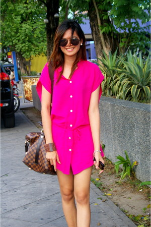 hot pink It Girl top