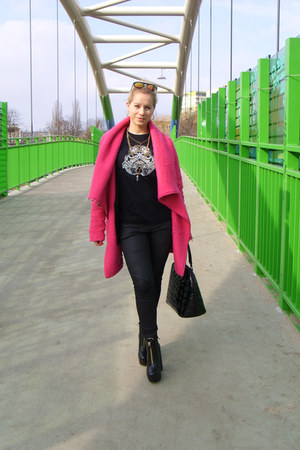 Mohito necklace - Mohito coat - Sinsay jeans - loungefly bag - Ememe t-shirt