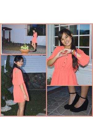 salmon Vaintage dress - black Payless wedges