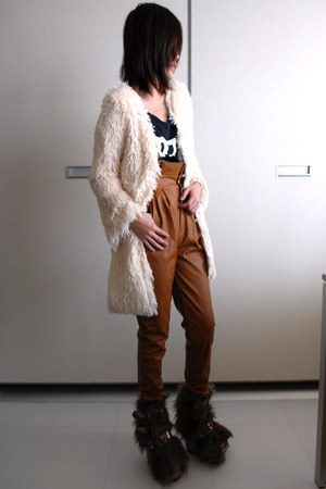 Iloveteecom cardigan - Iloveteecom pants - KTZ shoes