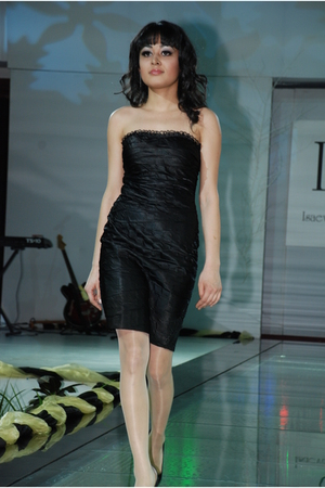black I&W dress