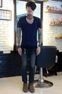 Dark-gray-pledge-jeans-navy-american-apparel-t-shirt-goro-bracelet