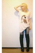 Monki t-shirt - Lee jeans - Ten Points shoes
