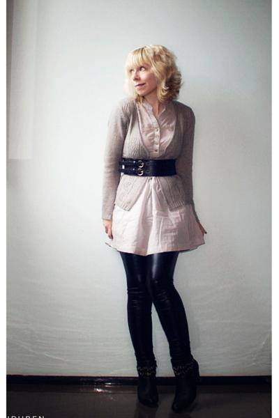 Vero Moda dress - Ida Sjstedt pants - Vero Moda blouse - GINA TRICOT belt