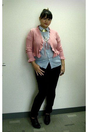 bubble gum cardigan - black Zara jeans - light blue shirt