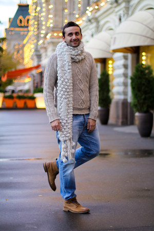 eggshell Zara scarf - burnt orange Hugo Boss boots - sky blue Dsquared2 jeans