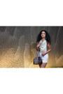 White-woven-iguana-vintage-clothing-scarf