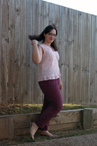 thrifted purple jeans - top - nude pumps