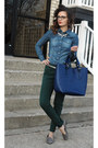 Navy-h-m-shirt-blue-tote-varriale-bag-green-cynthia-rowley-pants