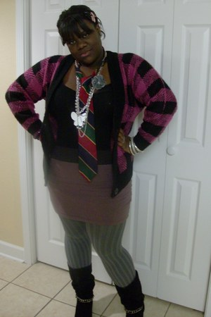 tights - boots - tie - skirt - necklace - cardigan
