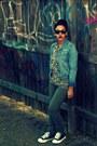 Sky-blue-denim-roxy-jacket-olive-green-skinny-jeans-old-navy-pants