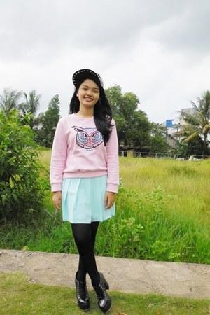 light pink Sweater sweater - black boots - black Spike Cap hat