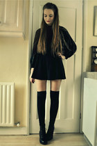 black jumper - black skirt