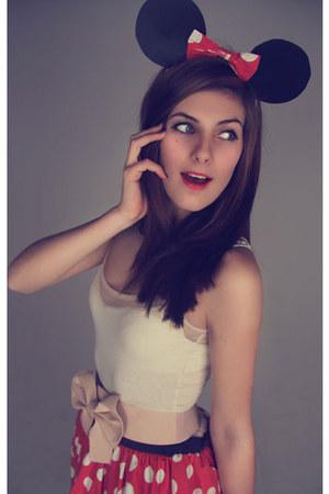 black polka dot bow Custon Made hat - red polka dot Disney Store skirt - off whi