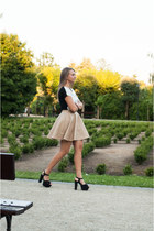 black Yups t-shirt - black H&M sandals - tan Tally Weijl skirt