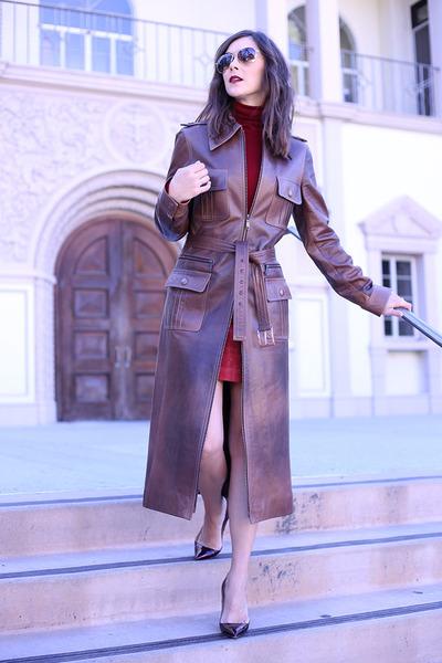 Celine coat - Zara sweater - Zara skirt - Manolo Blahnik heels