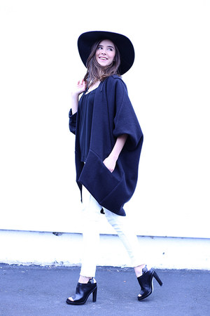 Berenik jacket - AMO jeans - bcbg max azria hat - banana republic top