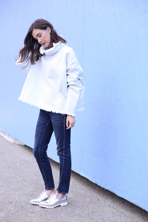 Zara shoes - AMO jeans - Ashley Rowe top