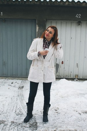 navy boots - off white coat - navy jeans - brick red blouse