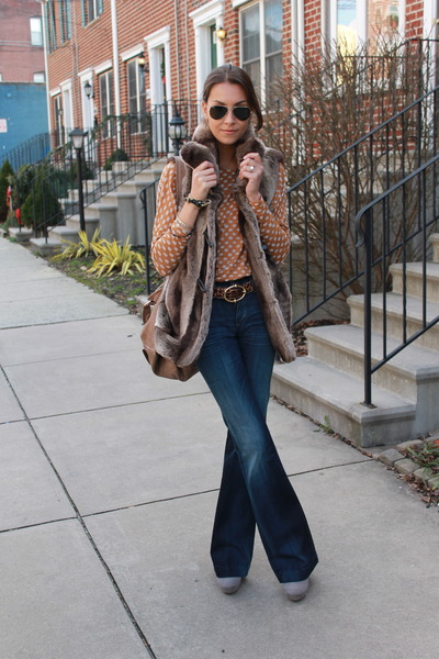 faux fur Ellen Tracy vest - citizens of humanity jeans - Zara shirt - D&G belt