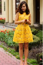 yellow flowers Sheinside dress - yellow Novamoda sunglasses