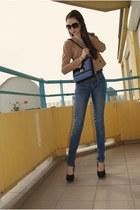 navy vintage bag - camel H&M jacket