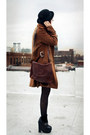 Long-brown-coat-coat-bag