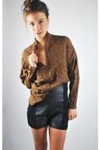 leopard print vintage blouse - vintage shorts