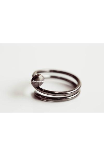 infinitine ring