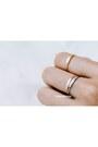 Infinitine-ring