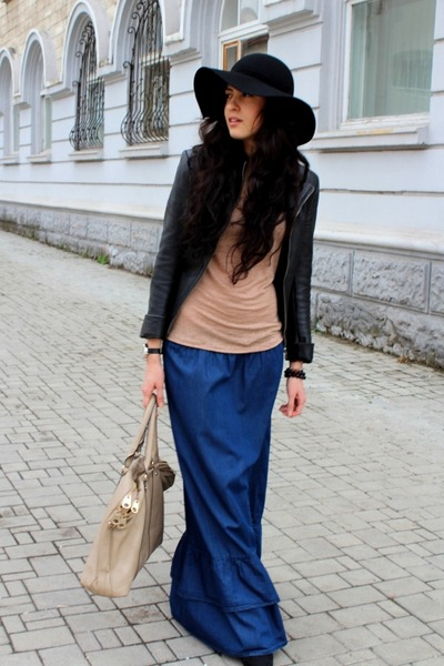 blue Viva skirt - black H&M hat - nude Reporter t-shirt - gray asoscom watch
